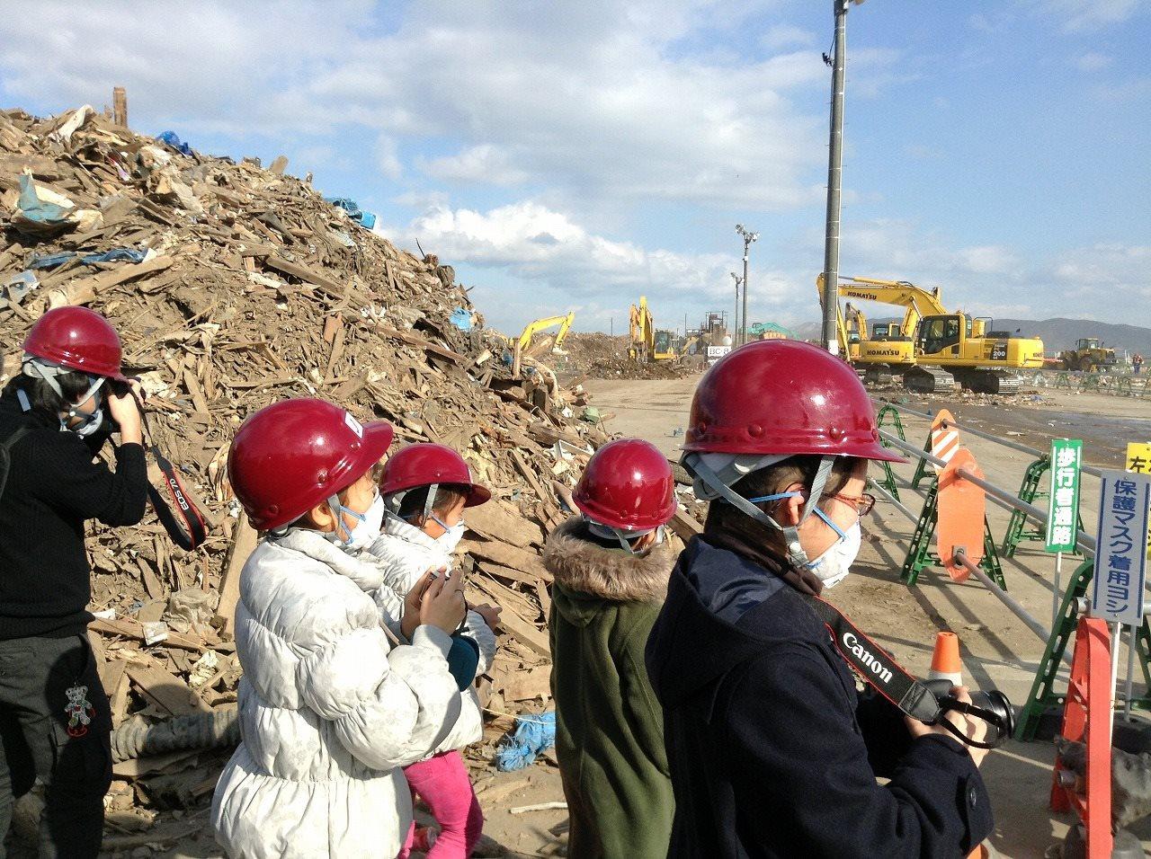 子どもの目線で震災の記憶を伝える「石巻日日こども新聞」