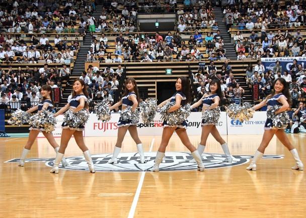 プロバスケットボールチーム アースフレンズ東京Zのチアリーダー「Zgirls」に少しだけ、力を貸していただけませんか?