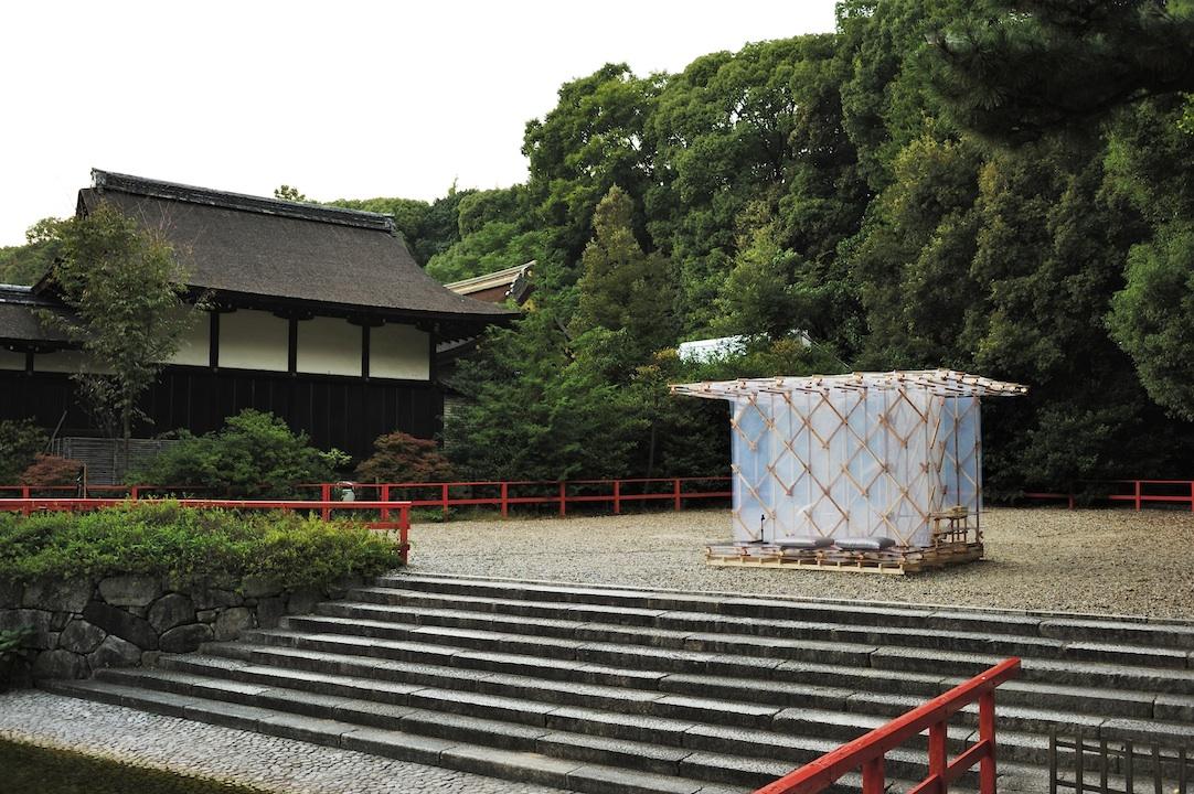 京都・下鴨神社への奉納。方丈記800年を記念し、隈研吾氏が造る方丈庵PJTへの出資