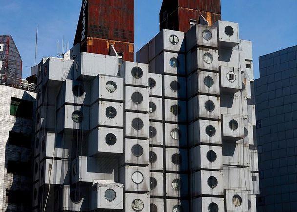 「中銀カプセルタワービル」を未来へ! 世界遺産になりうる建築の保存・再生に直結する、ビジュアル・ファンブックの出版