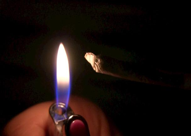 本邦初!大麻の真実に迫る渾身のルポ!ドキュメンタリー映画『ニッポンの麻やけ』の製作資金をサポートして下さい