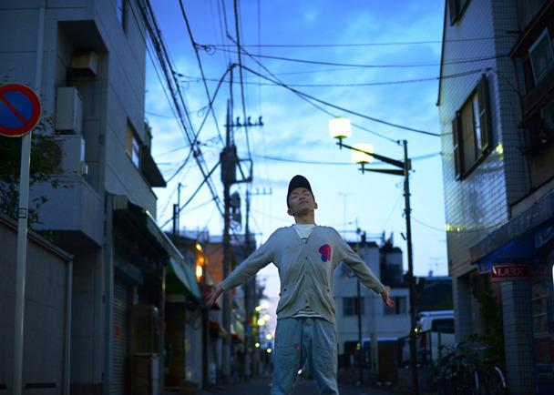 短篇映画「庭先の花が、」 写真家・本多晃子初監督作品 主演:太陽族 花男