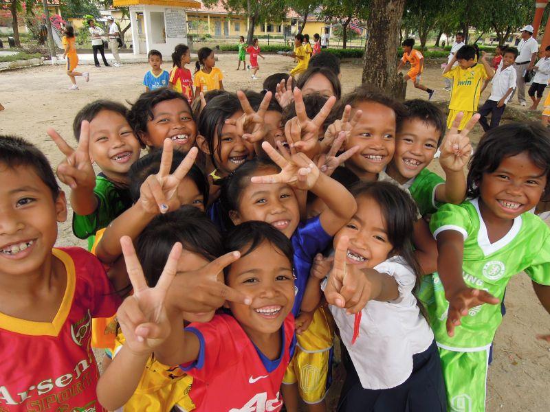カンボジア小学校体育科教育 指導書作成・配布プロジェクト
