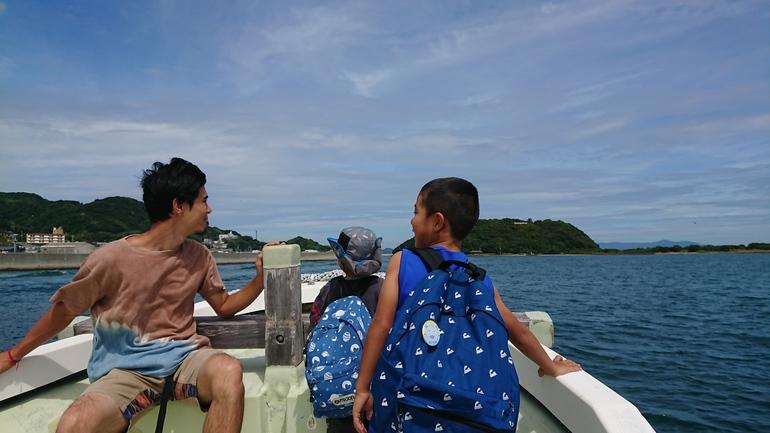 無人島への渡し船