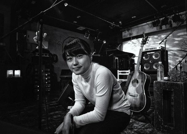 シンガーソングライター山根万理奈のニューアルバム(2015)を制作します。
