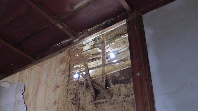 特に損傷が深刻な屋根部分